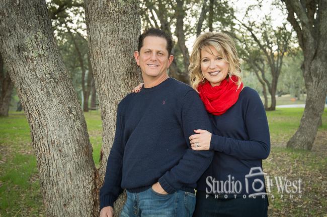 Christmas Family Portaits - Atascadero Portrait Studio - Studio 101 West Photography