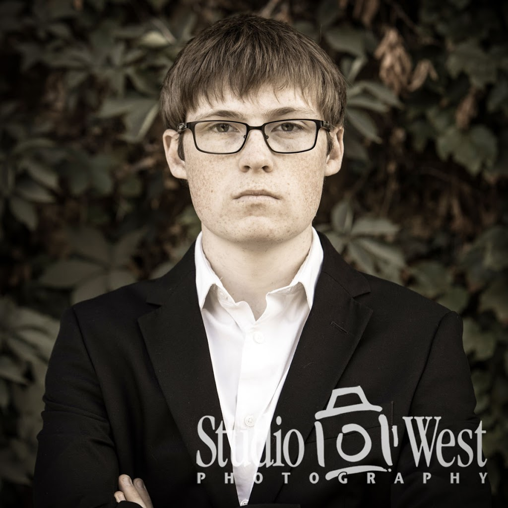 Senior Portrait Photographer - Atascadero Senior Portraits - Studio 101 West Photography