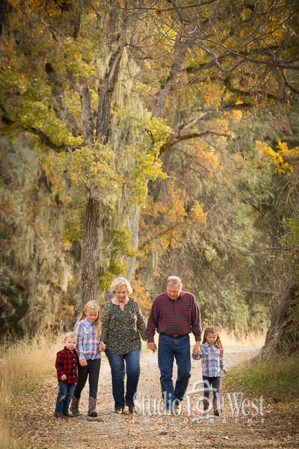 Outdoor Family Portrait - Paso Robles Family Portraits - Studio 101 West Photography