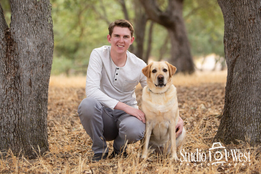 High School Senior Portrait with Dog - Class of 2022 - Senior portrait photography - Senior portrait photographer - Yellow Lab - Boy and Dog - Best Senior Photographer Atascadero - Templeton Senior Photography - Paso Robles Senior Pictures - Studio 101 West Photography