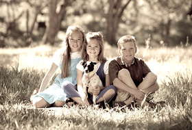 Atascadero Outdoor Family Portrait - Kids and Dog Family Photos - Studio 101 West Photography