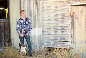 Paso Robles High School Senior Portrait Photographer - Choice Location Vintage Barn - Studio 101 West Photography