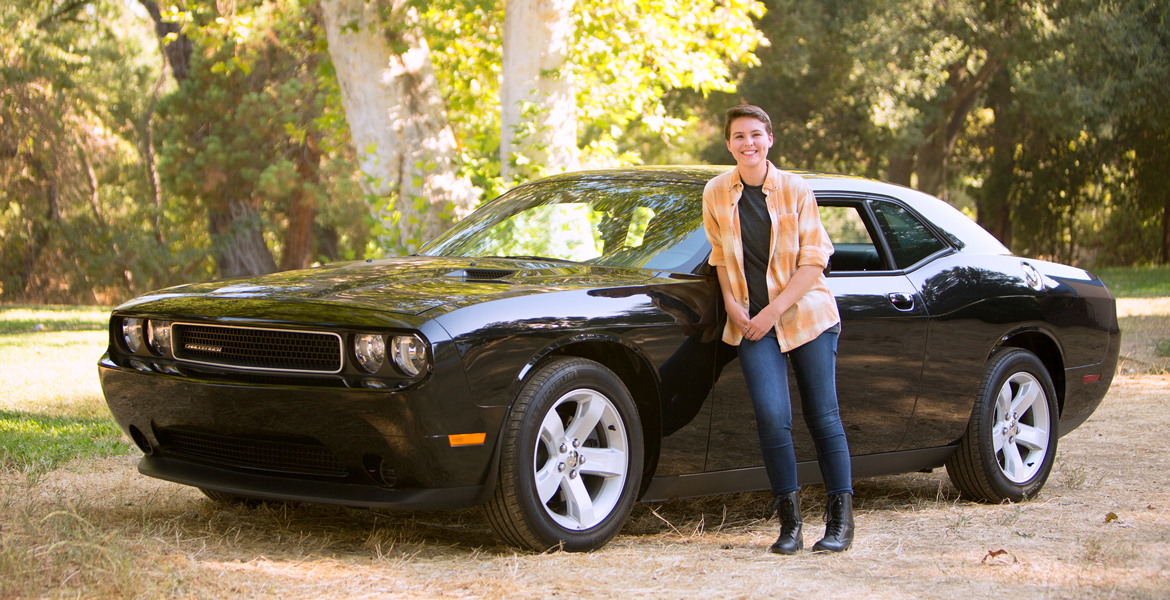Atascadero North County Senior Portrait - Girl with Car Senior Pictures - Studio 101 West Photography